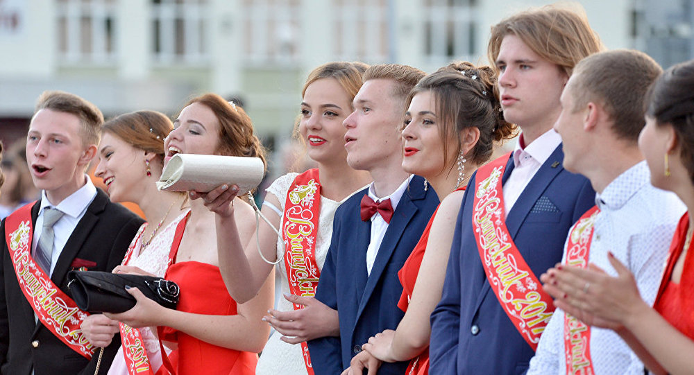 В Беларуси выпускные вечера пройдут 9 и 10 июня