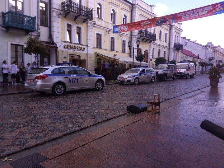 В Гродно женщина пробила голову милиционеру каблуком