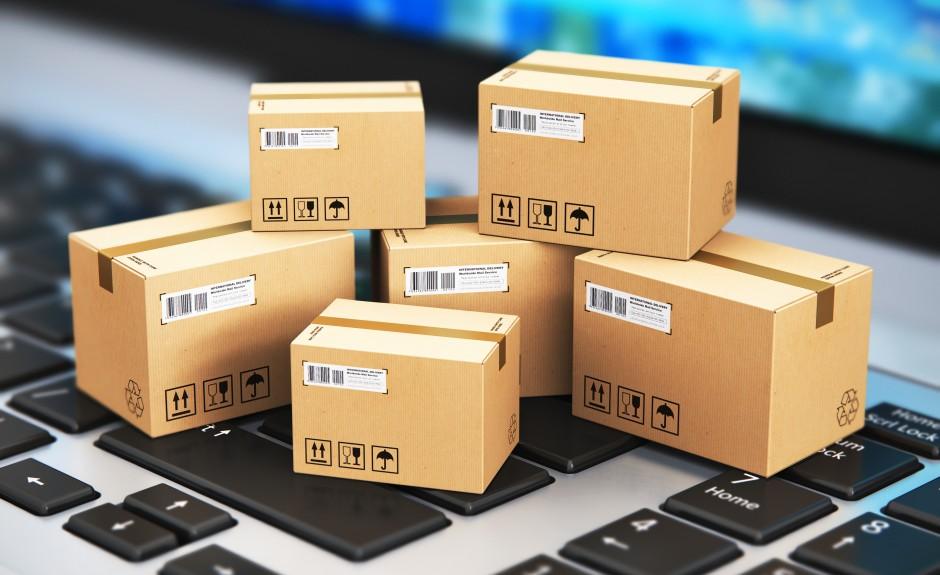 Минсвязи предлагает увеличить лимит посылок до 200 долларов