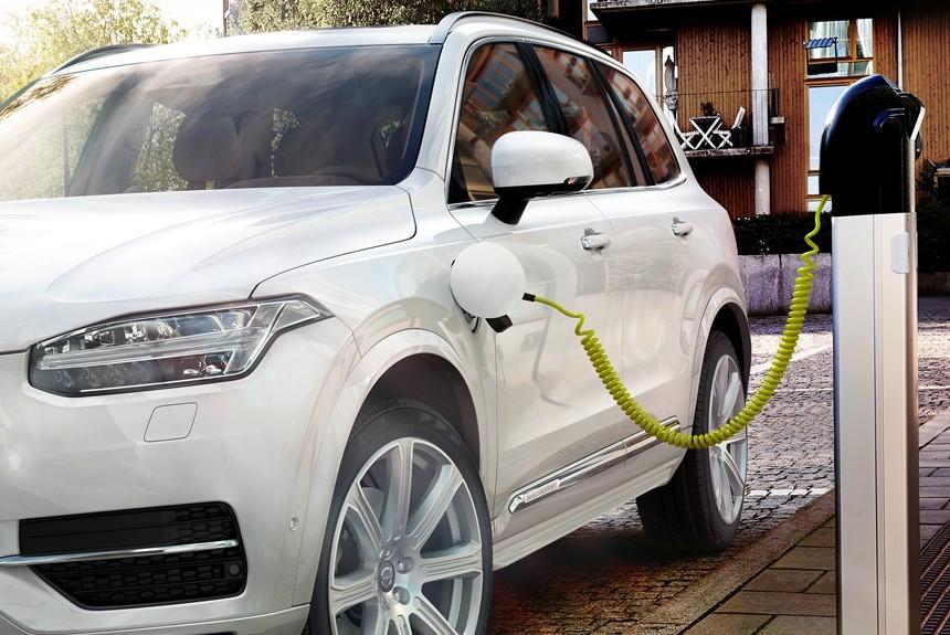 В Беларуси с 14 октября владельцы электромобилей освобождены от уплаты дорожного сбора