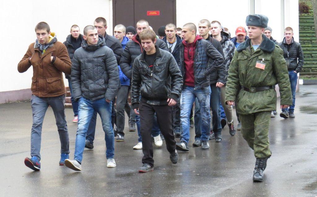 В Беларуси пересмотрят условия призыва в армию