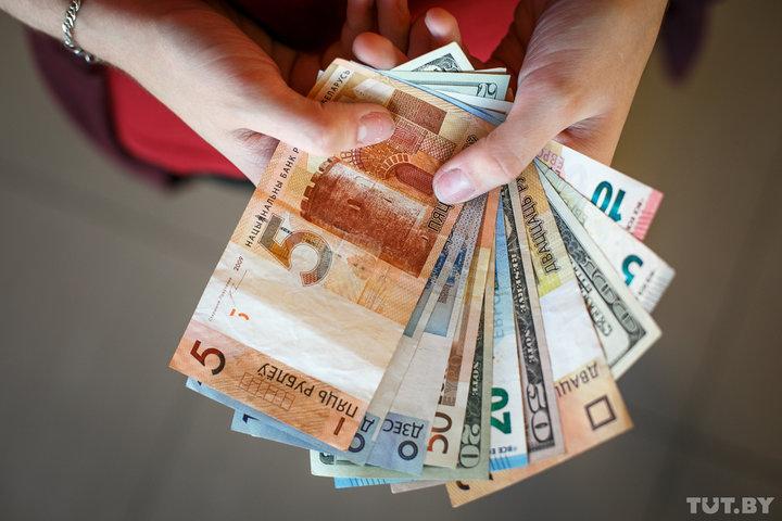 В Беларуси заметно повысится тарифная ставка первого разряда