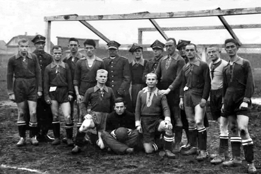 1939 г. Лидская команда «Литавор», названная в честь героя поэмы Адама Мицкевича «Гражина»