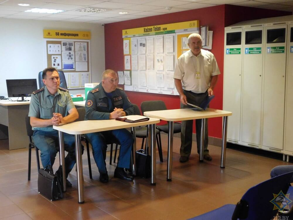 Начальник областного управления МЧС побеседовал о безопасности с работниками ОАО «Лидское пиво»