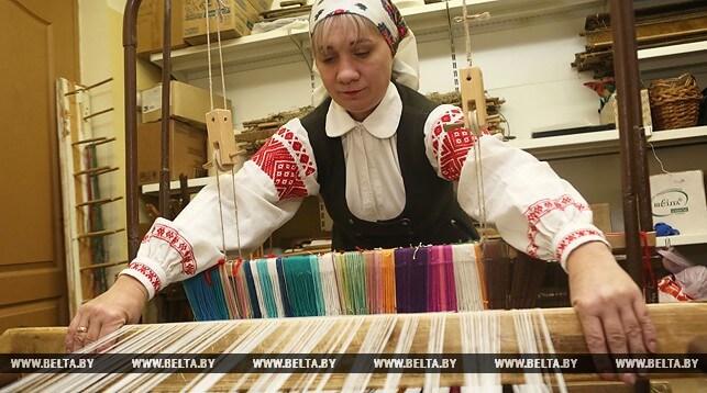 В Лиде возродили древние традиции ткачества