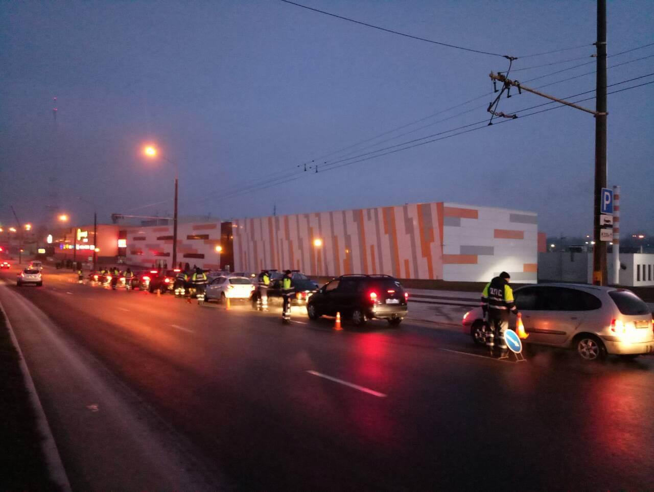 В Лидском районе в ходе операции ГАИ 90% автомобилей оказалось без техосмотра