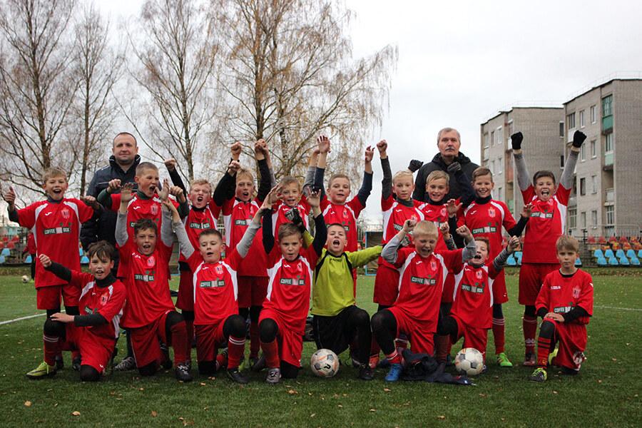 Руководимая Иваном ПРОХОРОВЫМ команда юношей 2007 года рождения стала чемпионом Гродненской области