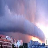 Торроидальное грозовое облако. Доступно полноразмерное изображение