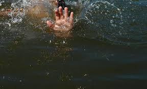 Рыбак спас тонущую в реке девочку